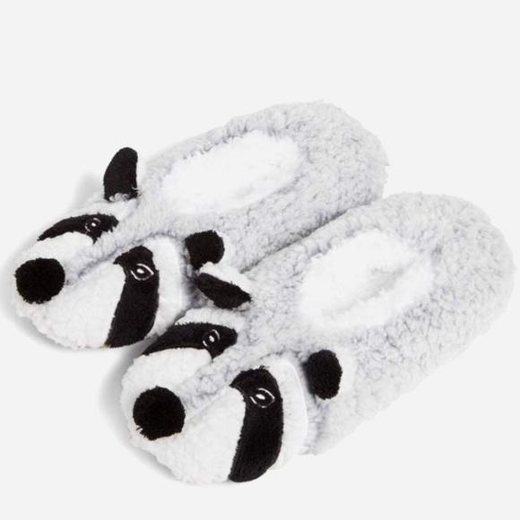 NWT Vera Bradley Cozy Life Raccoon Slippers Large